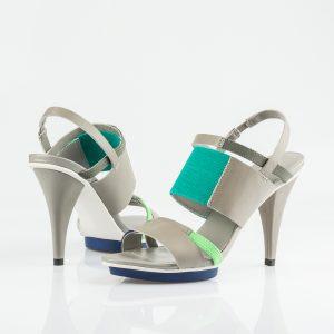 Sandalias de mujer a la moda